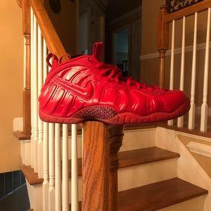 Nike Foams.